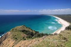 Byron Bay, Cape Byron (blauepics) Tags: australia australien landscape landschaft new south wales nsw byron bay cape kap hills hügel beach strand sand water wasser clouds wolken turquoise türkis blue blau