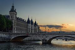 Conciergerie at dusk (marko.erman) Tags: paris france seine river city cityscape architecture laconciergerie palaceofjustice cruising boat sunset dusk sony bridge beautiful mood moody outside pov pontauchange