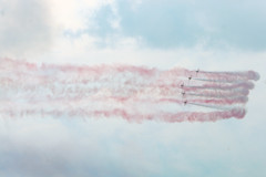Good smokes (quintinsmith_ip) Tags: redarrows red arrows smoke white blue plane jet formation raf british royalairforceaerobaticteam royal air force aerobatic team bae hawk t1 baehawkt1 southshields gnr greatnorthrun2017sunderlandsaturday2017air show international fly flying demo smoking