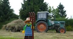 Deutz Tractor (captain_joe) Tags: deutz trecker tractor heu heuernte ernte harvest kiel wellingdorf toy spielzeug 365toyproject lego series15 minifigure minifig farmer