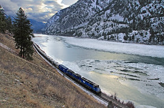 Along a frozen Clark Fork (Moffat Road) Tags: montanaraillink mrl gaslocal daygas tankcars ice canyon river winter frozen clarkfork thompsonfalls local emd sd452 sd45 318 locomotive train railroad mrlfourthsubdivision mrl4thsub montana woodlin mt