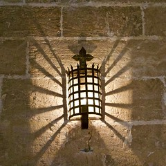 Torres de Quart (@WineAlchemy1) Tags: plaçadesantaúrsula elcarmen torresdequart valència spain cuitatvella medievalgate citywalls