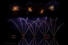 Festival de Feux d'artifice Decazeville 2017 (Sébastien Vermande) Tags: canon7d france midipyrénées mine pit aveyron decazeville fireworks réflexion reflection feuxdartifice nuit night pauselongue longexposure sigma1770exdc vermande