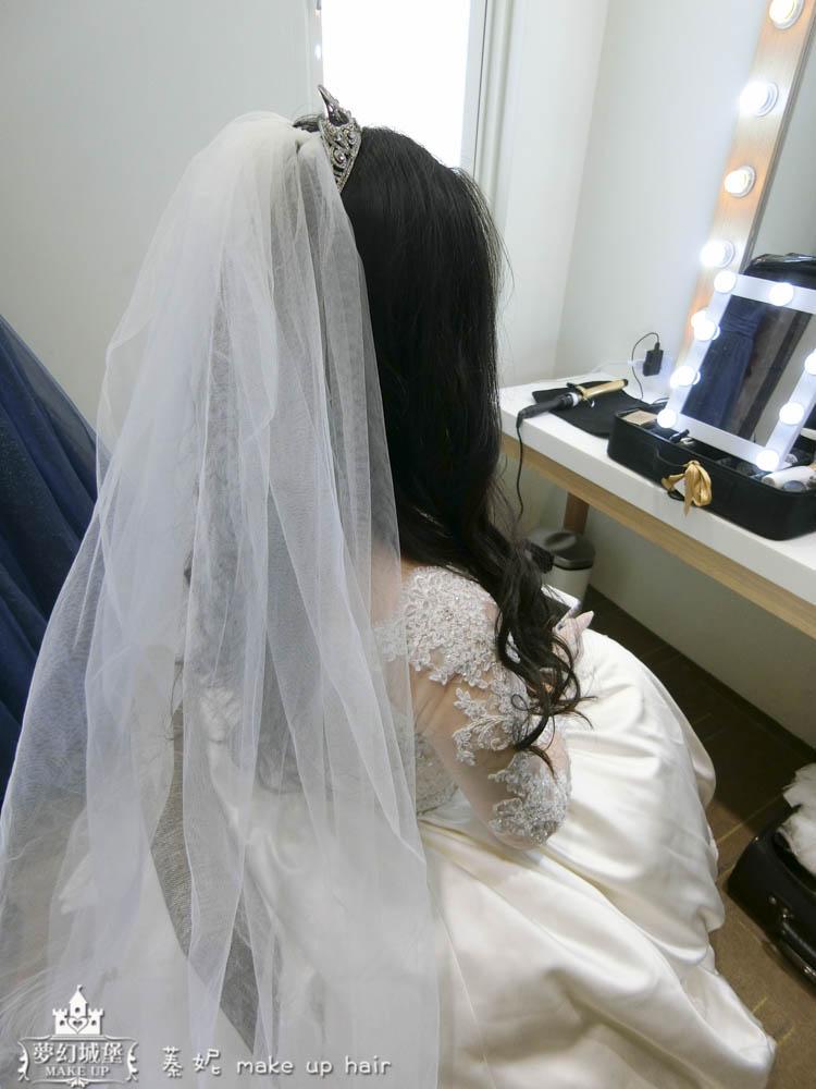 【新秘蓁妮】bride艷妮 結婚造型 / 台中心之芳庭