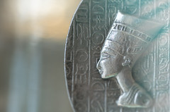 Queen Nefertiti (blancobello) Tags: nefertiti queen königin macromondays nofretete macro silver ägypten egypt 100mm sony light