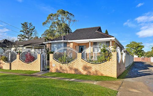 33 Amesbury Av, Sefton NSW 2162