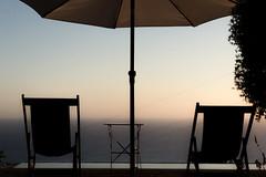 free relax seats (pat.netwalk) Tags: freerelaxseats sunchairs calabria umbrella copyrightpatrickfrank bildgutch chairs sunset dawn