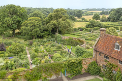 View of Sissinghurst Castle Garden, created by Vita Sackville-West (dorrisd) Tags: sissinghurst gaden kent england tuin writer british english highangleview viewpoint gate walled walls fence doors house formal chambers vista rooms brick exteriors uitzicht tuinontwerp gardendesign gardening horticulture sightseeing spot location traveldestination tourists touristy tourism tuinieren planten bloemen plants flowers floral nature hedges colorful colors landscape heritage historical culture bloomsburygroup vitasackvillewest sissinghurstcastlegarden famous green habitat design engeland uk gb greatbritain unitedkingdom brits engels bezoek trip travels photography scenic scenery hff happyfencefriday canonef24105mmf4lisusm canon eos6d mienekeandewegvanrijn dorrisd