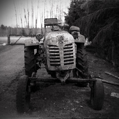 Antique tractor DT-20 (Romeo Koitmäe) Tags: art analog analogue old tractor experied epson agfa isopan 17 10 v700 romeo koitmäe ruin detail white estonia schneider super symmar medium format exposure fine film ages ancient antique ilfosol 3 black history machinery rust corrosion rural develop self process dt20