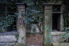 IMG_1801 (The Dying Light) Tags: hauntedisland povegliaisland urbanexplorationphotography urbanexploration urbanexploring 2017 abandoned asylum canon decay horror hospital italy poveglia urbex venice