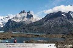 Selfie in Nordenskjold Lake (Pepe Soler Garcisànchez) Tags: patagonia torresdelpaine chile rx100m3 cuernosdelpaine nordenskjold macizoazul parquenacional