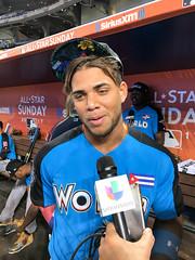 White Sox prospect Yoan Moncada talks to reporters before the 2017 Futures Game. (apardavila) Tags: asg futuresgame allstargame chicagowhitesox mlb majorleaguebaseball marlinspark siriusxmallstarfuturesgame yoanmoncada ballpark baseball sports stadium