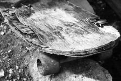 Skate - Wir Caetano - 17 07 2017 (3) (dabliê texto imagem - Comunicação Visual e Jorn) Tags: brinquedo skate destroço