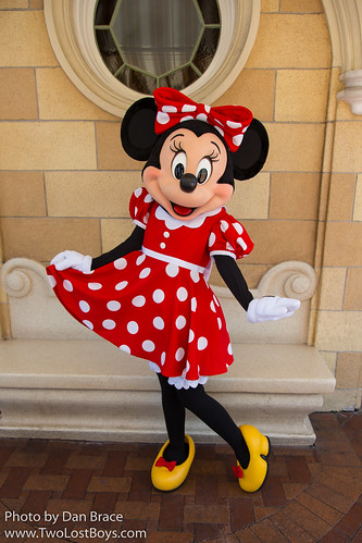Minnie mouse at disney character central m4hsunfo