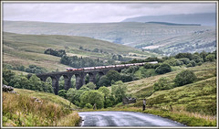 Mixing water and cement (david.hayes77) Tags: dbcargo ews dentdale 2017 yorkshire coalroad dent dentheadviaduct northyorkshire yorkshiredales cement freight tankers 4m00 class66 shed 66147 sc settlecarlisle rain water