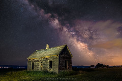 Somewhere in Time (Spencer Bawden Photography) Tags: bearlake lake bear barn old olde wood house cabin farm milky way galaxy mw spencer bawden spazoto utah idaho dark sky night stars stary fish haven garden city