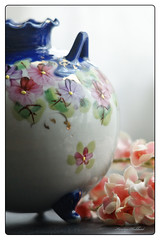 50 Cent (Jewel Appletor aka Karalyn Hubbard) Tags: yardsale score vase nippon japanese handpainted vintage porcelain flowers blue footed collectible