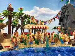 19657347_1507072409355490_78012808655321085_n (PUISSANCE BRICK) Tags: lego minifigs minifig afol bricks collectable island paradise hotdog shark maïs popcorn sausage saucisse banana banane puissancebrick sea ocean