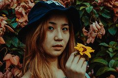 IMG_2861 (Niko Cezar) Tags: up diliman portrait nature school asian girl campus street manila philippines university white sunflower flowers