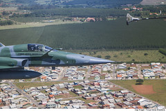 F-5EM Reabastecimento em Voo (Força Aérea Brasileira - Página Oficial) Tags: 2016 a4 aviacaodecaca f5em fab fighter forcaaereabrasileira marinha monoplace northropgrummancorporation piloto revo turbojato turbojetgeneralelectricj85 aviacao bimotor brazilianairforce defesanacional forçaaéreabrasileira brasília df brasil bra