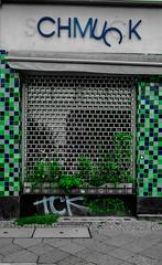 LZ7_2040-3 (lisa.zernechel) Tags: doors berlin kreuzberg art