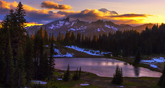 Sunset in the Mountains (Chinook Pass, Mt Rainier NP, WA) (Sveta Imnadze) Tags: mtrainiernp wa pacificnorthwest tipsoolake chinookpass sunset clouds colors
