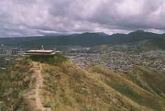 Le'ahi - Honolulu, Hi (Shirley Lam Images) Tags: kodaksupergold200 expiredfilm 35mmfilm 35mm canonetgiiiql leahi diamondhead honoluluhawaii 2017 may photography analog film believeinfilm diamondheadcrater