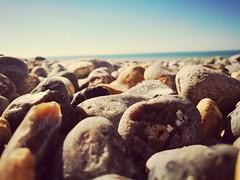 Plage de Dieppe (fredgerm) Tags: plage caillou rock sun sea