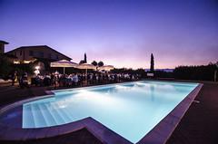 POOL (Vn_Lc) Tags: piscina party festa swimmingpool summer estate toscana tuscany agriturismo campagna landscape colors colori geometrie sunset tramonto water acqua happy battesimo