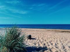 Beach (miikajauhiainen) Tags: beach sand sunshine blue sea landscape summer karlö