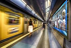 Toledo 6 (isnogud_CT) Tags: toledo statione bahnhof bahnsteig linea1 ubahn underground reisende neapel italien bewegung