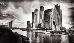 Moscow City #panorama sunset b&w with bird flying)) (NO PHOTOGRAPHER) Tags: hochhaus gebäude cityscape skyline detail blackandwhite monochrome building outdoor architecture iphoneography iphonephotography exterier urban blue skycraper iphone 6s panorama panoramatic москва россия архитектура строительство река мост sunlight sunset light bw contrast diagonal white black abstract