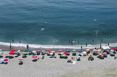 PLAYA- BEACH (Pepa Morente ( 1.800.000 de VISITAS )) Tags: beach mar azul personas granada andalucia playavelilla