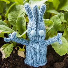 Mimi (stitchling) Tags: knitty pocketcreatures