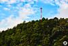 la torre en la montaña
