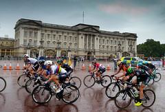 Ride London Classique cycling 2017 (www.kevinoakhill.com) Tags: ride london classique cycling 2017 sport sports fantastic exciting beautiful rain downpour wet soaking hot photo photos classic road race racing women womens girl girls capital festival athletes fitness fit healthy coryn rivera marianne vos central city buckingham palace mall whitehall westminster trafalgar square amazing wonderful terrible conditions olympic world champion champions