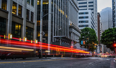 sansome line (pbo31) Tags: bayarea california nikon d810 color july 2017 summer boury pbo31 city urban sanfrancisco financialdistrict infinity lightstream motion traffic roadway gray sansomestreet claystreet