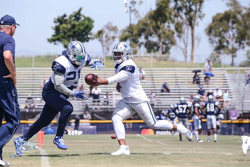 """Dallas Cowboys Training Camp 2017 • <a style=""""font-size:0.8em;"""" href=""""http://www.flickr.com/photos/10266314@N06/36216971475/"""" target=""""_blank"""">View on Flickr</a>"""