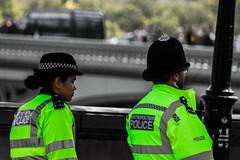Pareja Policías 2 (Garimba Rekords) Tags: londres london england inglaterra uk calle street policia police