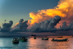 Amenaza tormenta... (Serge Saint) Tags: adventure aventura travel viaje mexicodesconocido nubes clouds boats caribbean caribe sunset atardecer cozumel vacaciones 2015