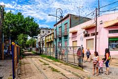 Disused tracks in Garibaldi Street (hapePHOTOGRAPHIX) Tags: 032arg américadelsur argentina argentinien barriodelaboca buenosaires caminito nikond750 southamerica südamerika hapephotographix dsplyys gleis track carril ciudadautónomadebuenosaires ar