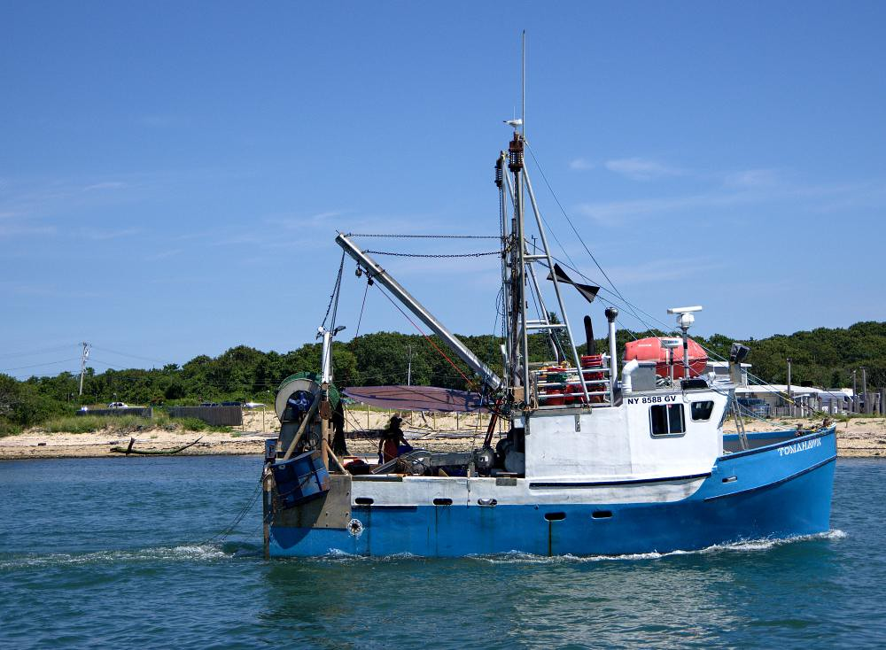 The world 39 s most recently posted photos of island and for Fishing boats long island