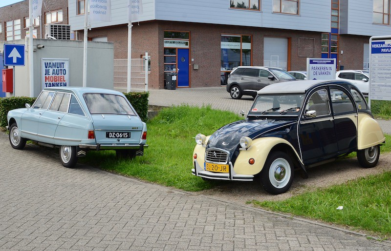 The world 39 s best photos of 2cv and garage flickr hive mind for Garage peugeot paris
