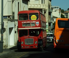 Bristol Lodekka JPW 459D Béziers 04-07-16a (mugicalin) Tags: fujifilm fujifilmfinepix fujifilmfinepixs1 finepixs1 s1 béziers bristolbristolbus bristollodekka lodekka oldbus britishbus classicbus jpw459d easterncounties 2016 urbanbus redbus red rouge