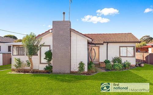 18 Bradbury Av, Campbelltown NSW 2560