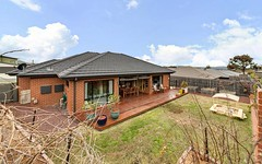 19 Kevin Curtis Crescent, Casey ACT