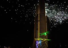 feu d'artifice + laser Petit Prince + avion Cité de l'Espace - 24 août 2017 (jara311) Tags: nuit feudartifice petitprince laser fusée ariane5
