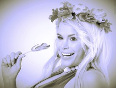 Durbani (mariadurbani) Tags: durbani mariadurbani urban durban candy smile girl bautiful blonde actress movie film music flowers hollywood spanish barbie spanishbarbie