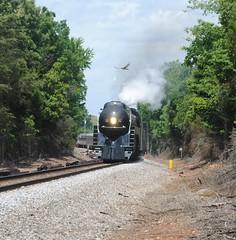 Hello There. (Joseph S. Randall) Tags: surprise manassas vmt norfolksouthern streamliner nw 611 railfanning virginia 484 hawk