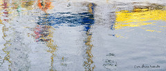 Mar-de-luces, colores, sueños agitándose a su deriva. (María Álvarez Sanmartín / rubialva.com) Tags: augaaguawatereauacqua acoruña maríaálvarezsanmartín paisajepaysagelandscapepaesaggio reflejoreflectionreflet wwwrubialvacom marmareseamer hdr puerto porto port